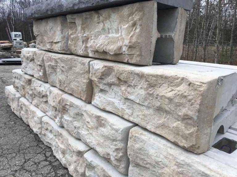 pose de mur de sout nement en blocs b ton sur le bassin d 39 arcachon entreprise de terrassement. Black Bedroom Furniture Sets. Home Design Ideas